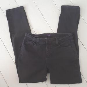 NYDJ grey jeans. Alina legging. Size 8
